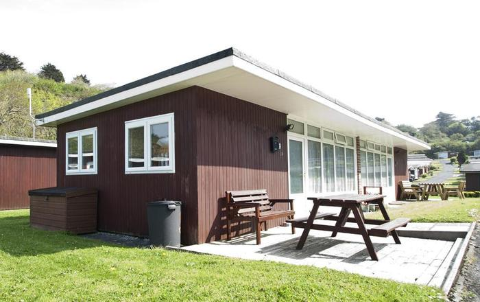 CA015 Summercliffe Chalet, Caswell, Gower