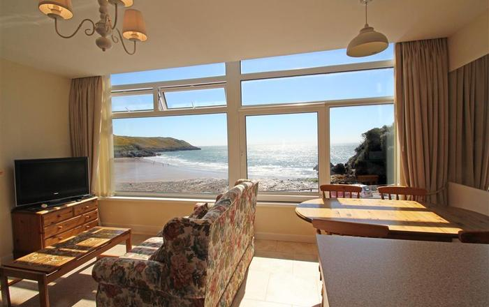 9_19 Redcliffe Apartments, Caswell Bay, Gower