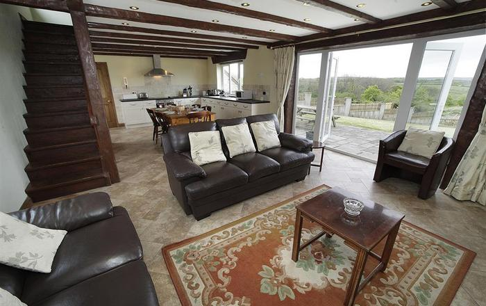 Llanelen Farm, Sleeps 6, Llanrhidian, Gower