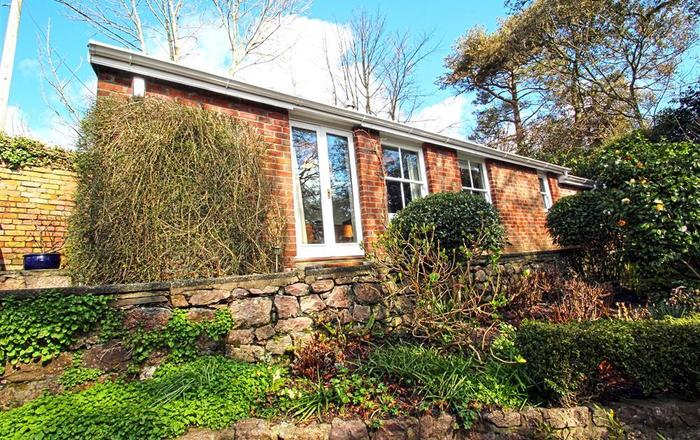 Mulberry Hill Cottage, Penmaen, Gower