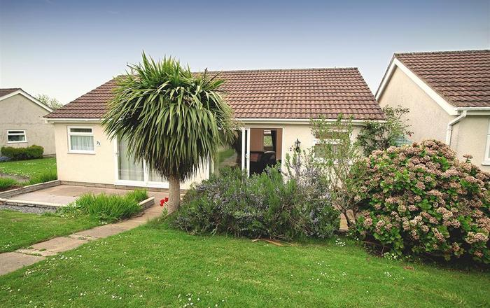 355 Bayview Bungalow, Oxwich, Gower