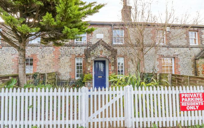 2 Station Cottages, Wymondham