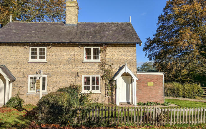 Pheasant Cottage, Alford