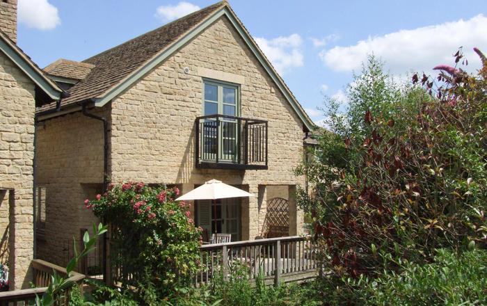 Bridge House, Cirencester