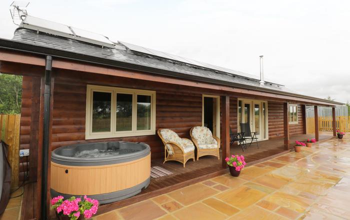 The Lodge, Bampton