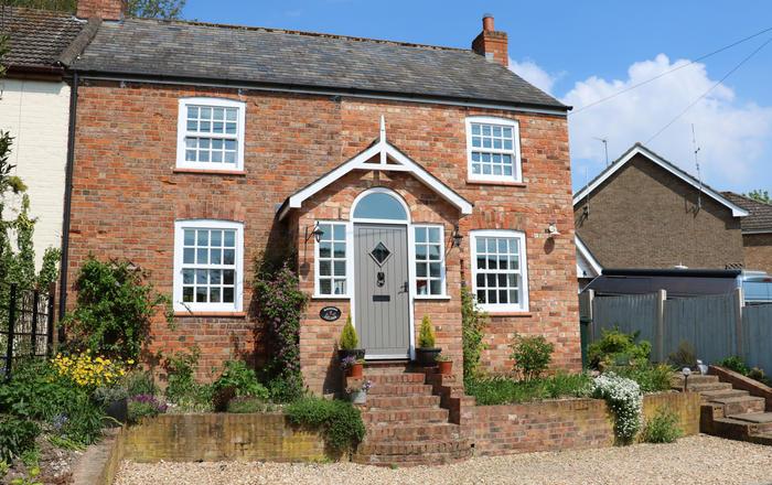 Birdsong Cottage, Alford
