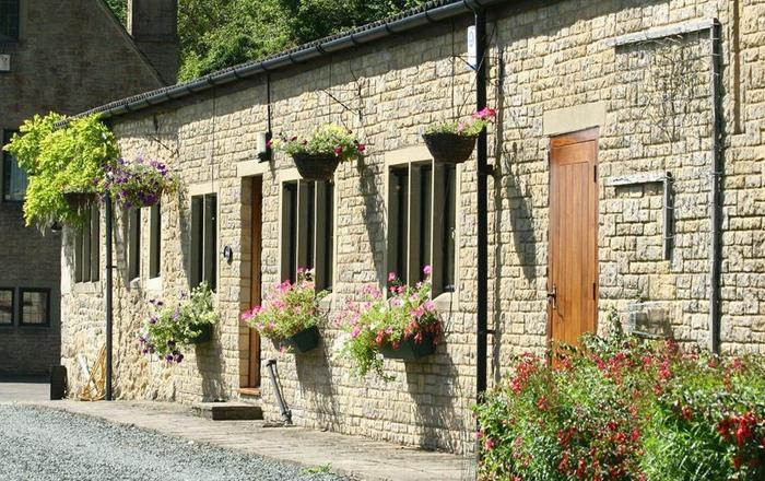 Lakeside Cottage, Cranham