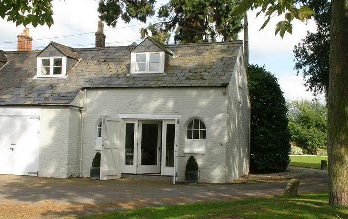 Comedy Cottage, Malmesbury