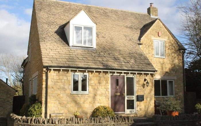 Troutbeck Cottage, Stow On The Wold