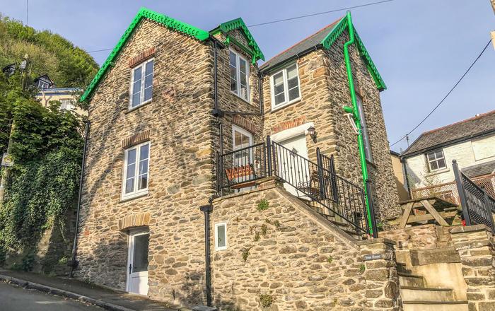 Sinai House, Lynton