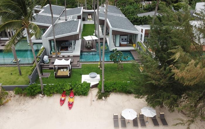 Villa Anar, Bang Por