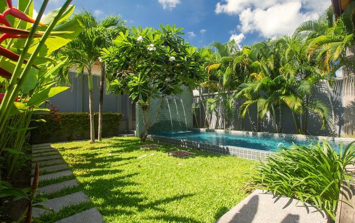 Vacation Rental Villa Aru