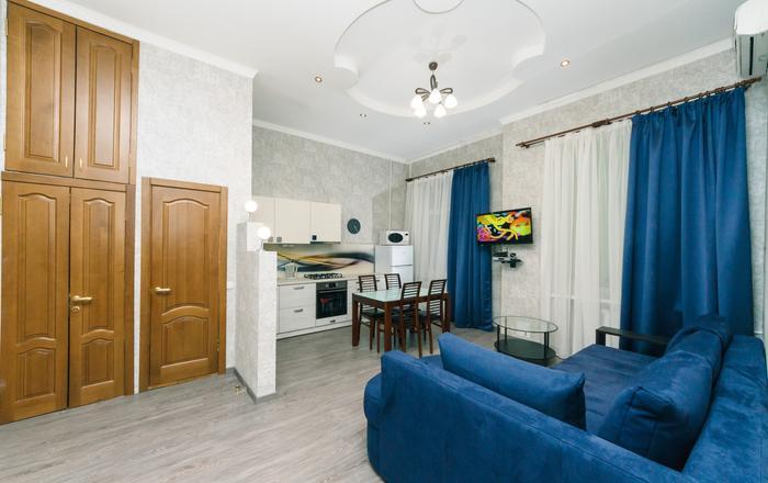 Two bedrooms. Studio. 5a Baseina. Centre of Kiev, Kiev