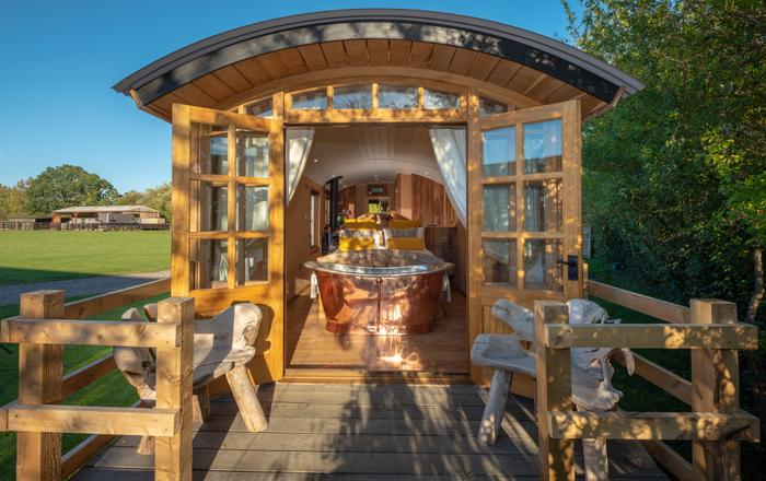 Ashwood Shepherds Hut (Ockeridge Rural Retreats), Worcester