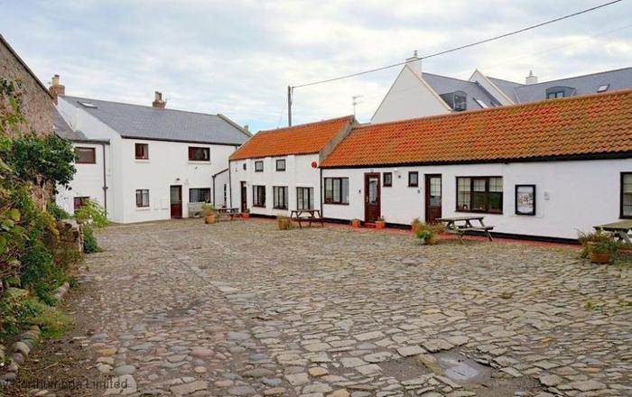 No2 Cliff House Cottages, Seahouses