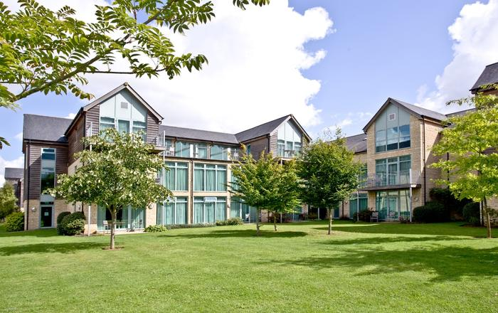 Cotswold Water Park Apartment 4, Cirencester