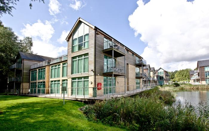 Cotswold Water Park Apartment 5, Cirencester