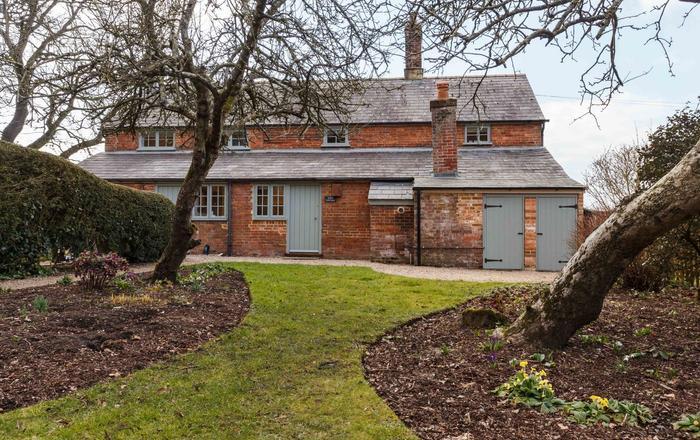 Apple Cottage, Wimborne