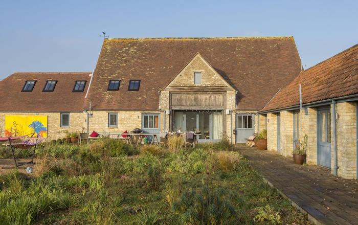 Hailstone Barn (6 Guests), Cherington, Near Tetbury