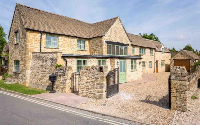 Grey Gables Barn, Bourton-on-the-water