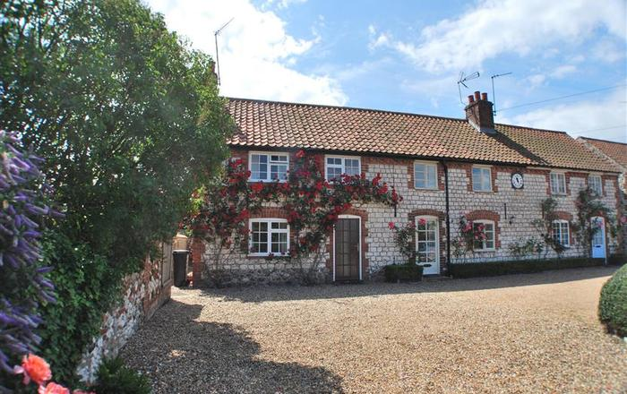 6 Clock Row, Thornham