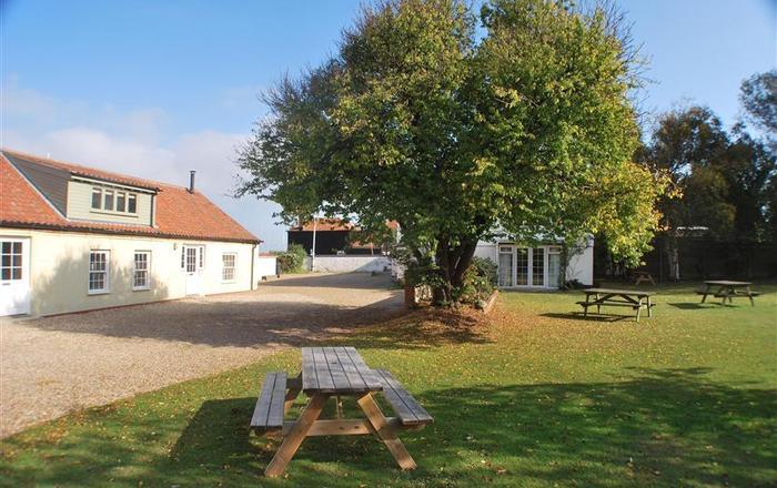 Flagstaff Cottage, Burnham Overy Staithe