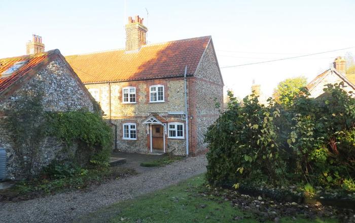 Teapot Cottage, Helhoughton,  Fakenham.
