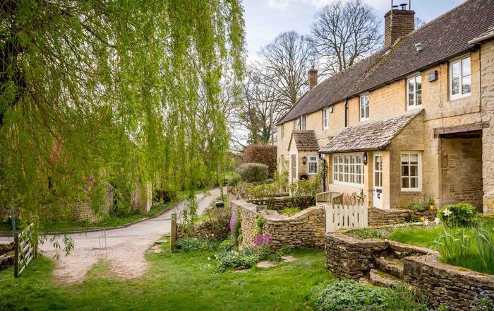 Willow Cottage, Hampnett