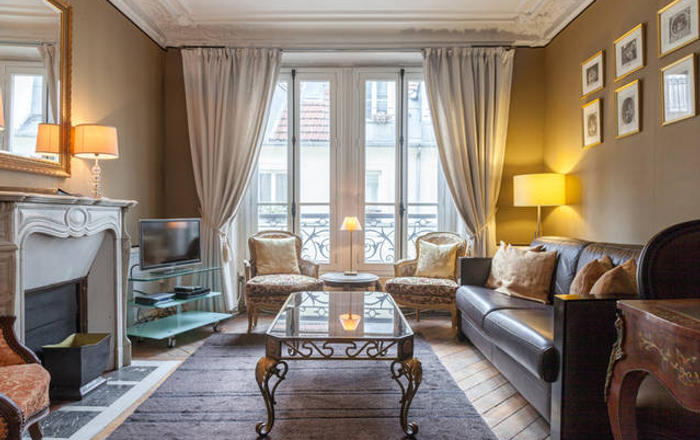 PerfectlyParis Bijou de Bellefond sleeps 5, Paris