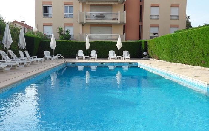 Very Nice one-bedroom apartment, swimming pool in the residence, Cannes