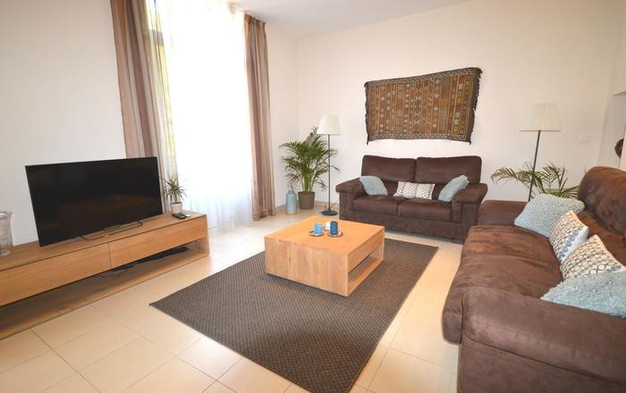 Very convenient & modern 3 bedroom apartment close to the Palais des Festivals, Cannes