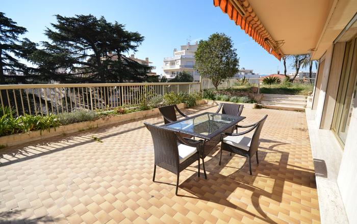 Parc Continental Cannes - Very elegant three-bedroom apartment, Cannes