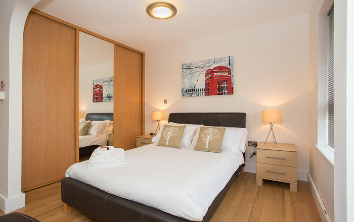 Anchor Court, Central Superior Studio Apartments, Basingstoke
