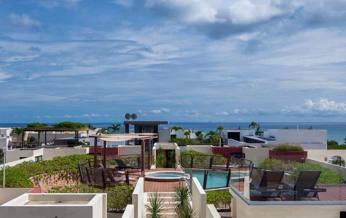Modern Apartment Near the beach and the 5th Av., Playa Del Carmen