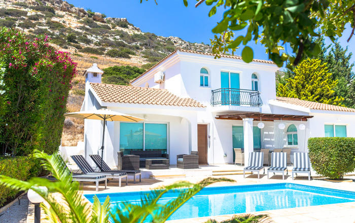 Villa Maya - 4BED, sleeps 9, Hot tub, secluded garden & terrace with fantastic sea views near Coral Bay and all amenities, Peyia