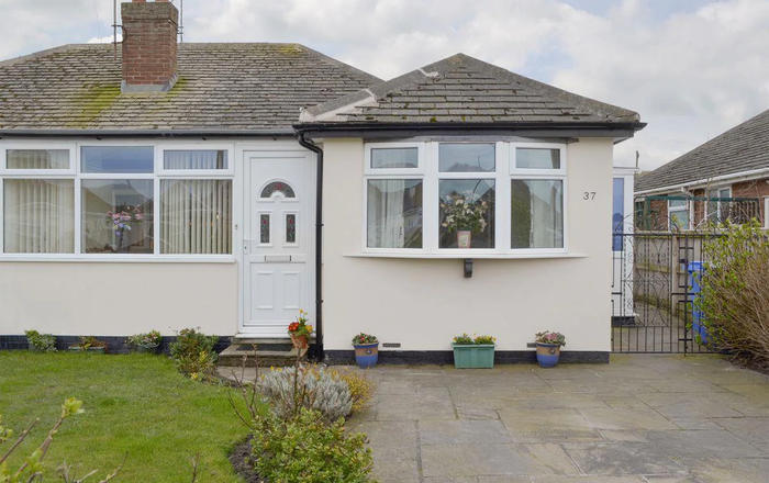 Rossall Beach Cottage, Blackpool