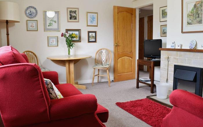 Sunshine Cottage, Cirencester