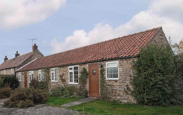 Pear Tree Farm Cottages - RCHM38, Pickering