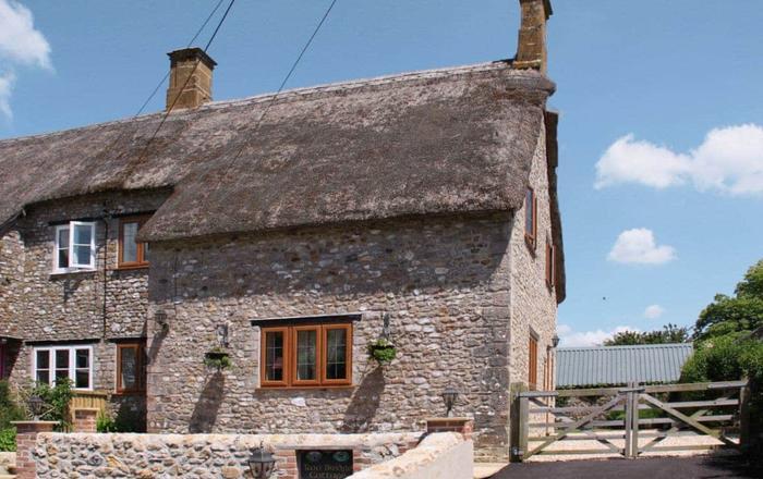 Two Bridge Cottage, Chard