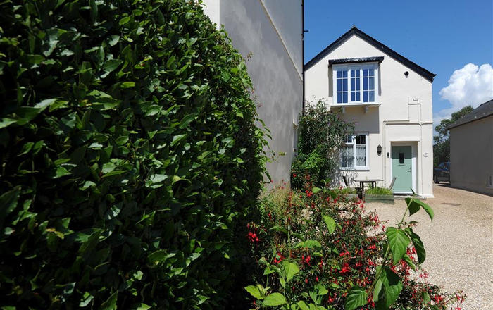 2 Albury Cottages, Charmouth