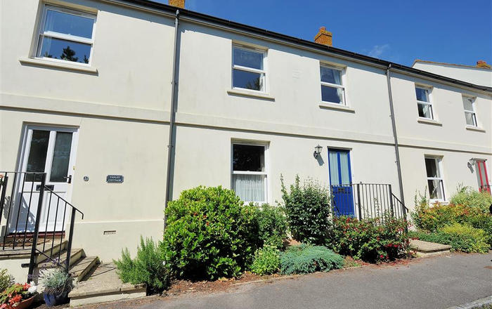 7 Double Common, Charmouth
