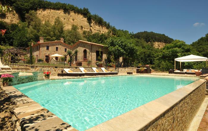 Villa Favolosa - 6 Guests,