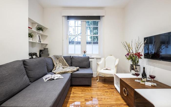 Bright Warwick Chambers Apartment, Londra