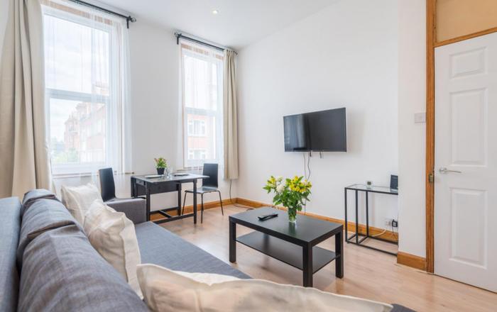 West Kensington Apartment, Londra