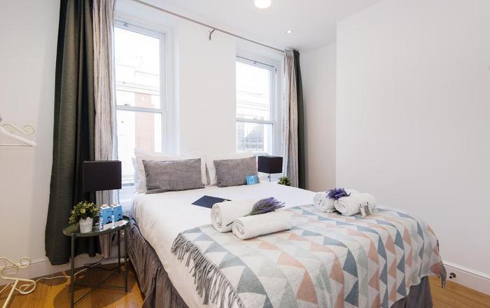 North End Road Apartment #2, Londra