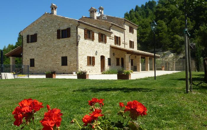 Villa Monti - 8 Guests, Montelparo