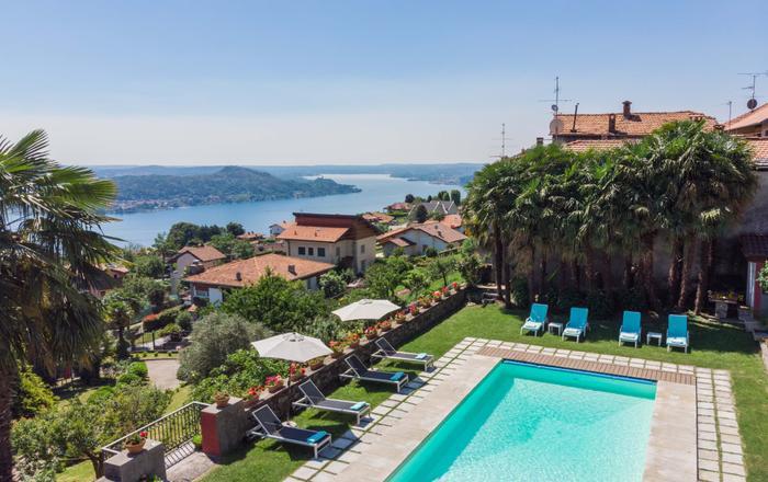 Villa Stresa - One Bedroom, Massino Visconti