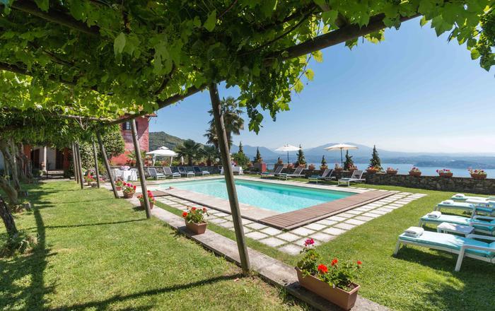 Villa Stresa Tulipano - 6 Guests, Massino Visconti