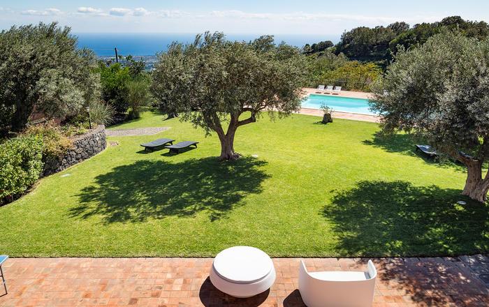 Villa Inessa - 12 Guests, Milo