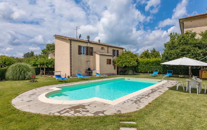 Villa Farma, Scalvaia